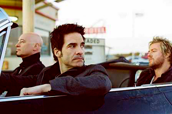 train-single01-header