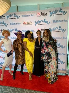 Kathy Griffin, Jenifer Lewis, Loretta Divine and Brandy Norwood all pose on the red carpet at 'Jackie's Back' 20th anniversary celebration \ Photography: Nathan Hate Williams (Facebook)